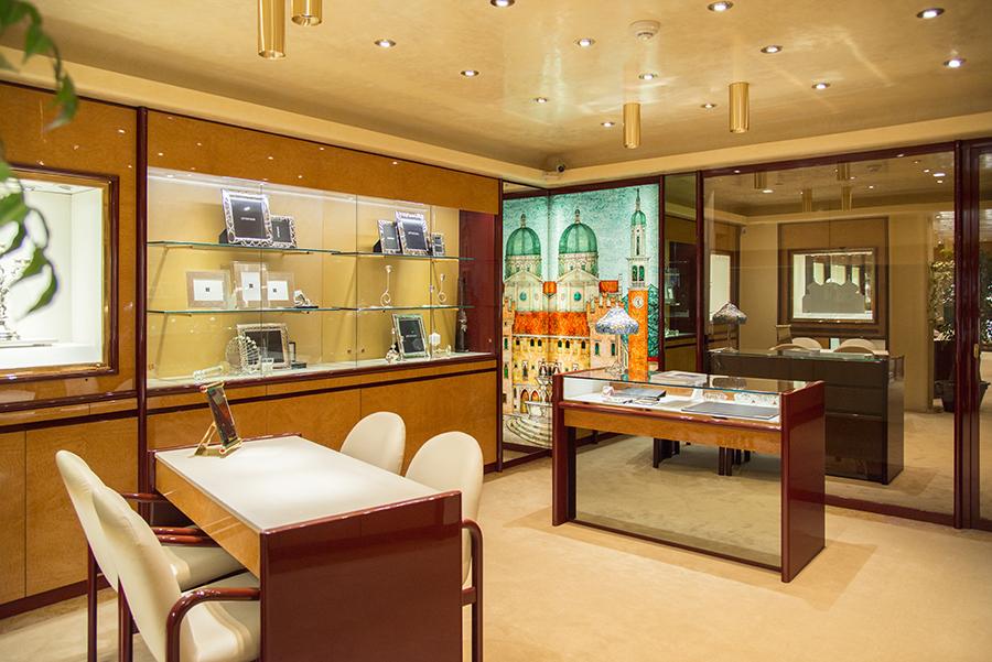zoccai-thiene-gioielli-ceramiche-preziosi-accessori-oro-argento-occhiali-vetrine-miglior-fotografo-thiene