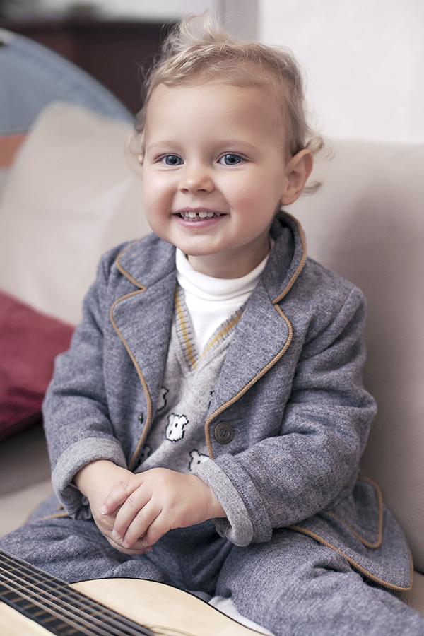 newborn-baby-shooting-italy-vicenza-bambini-studio-photographer